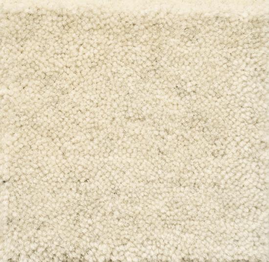 tappeto su misura beige